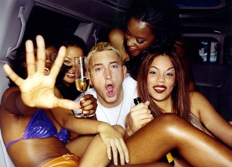 eminem-with-hot-girls-female-celebs